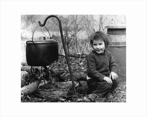 Daphne, gipsy girl, with cooking pot, Charlwood, Surrey, 1964 by Tony Boxall