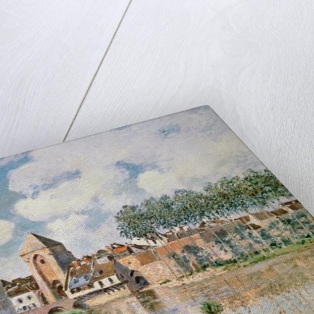 Moret-sur-Loing, the Porte de Bourgogne, 1891 by Alfred Sisley