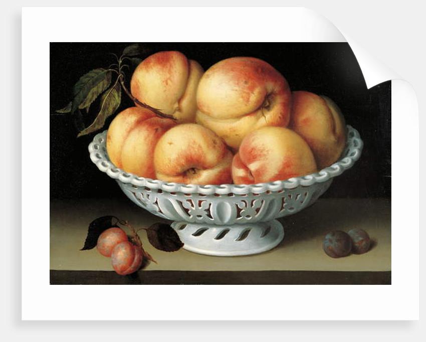 Peaches in a pierced white faience basket by Fede Galizia
