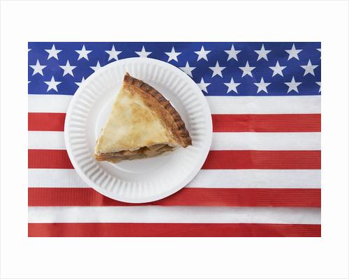 Patriotic apple pie by Corbis