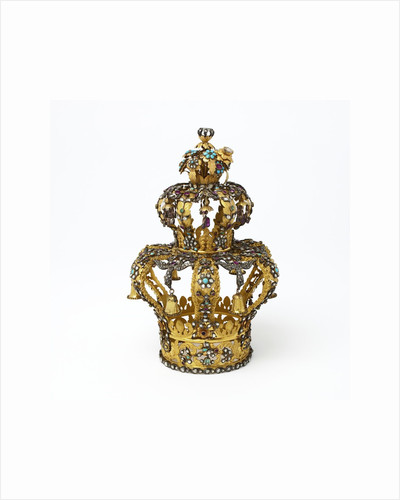 Gold and silver Torah crown by Corbis