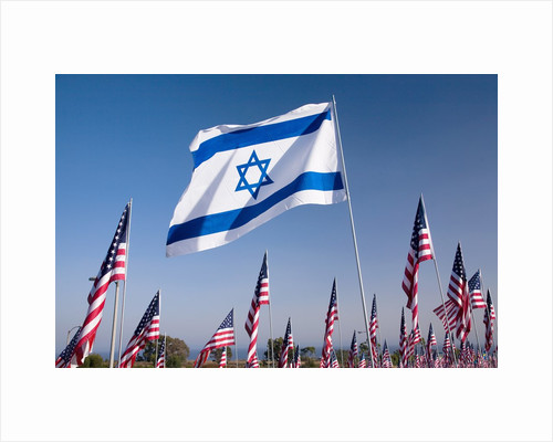 Israeli and American flags during 3000 Flags for 9-11 tribute by Corbis
