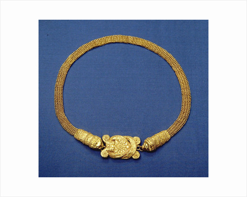 Greek gold chain band with Herakles knot by Corbis