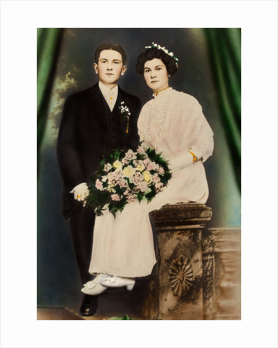 Husband and wife in a colorized portrait, ca. 1919 by Corbis