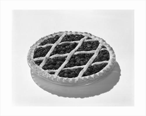 1950s cherry pie dessert by Corbis