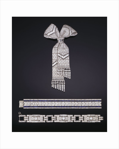 An exquisite Art Deco diamond bow brooch, mounted in platinum, circa 1930 by Corbis
