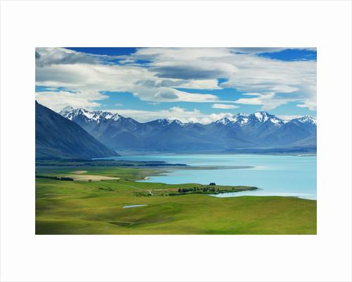 Lake landscape at Lake Tekapo by Corbis