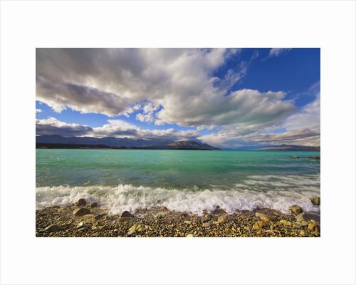 Lake landscape at Lake Pukaki by Corbis