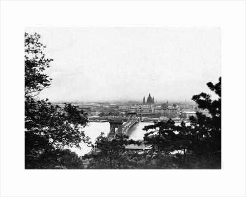 View of the Chain Bridge by Corbis