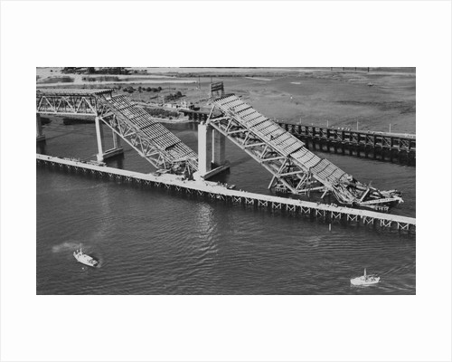 Collapsed Spans of the Second Narrows Bridge by Corbis