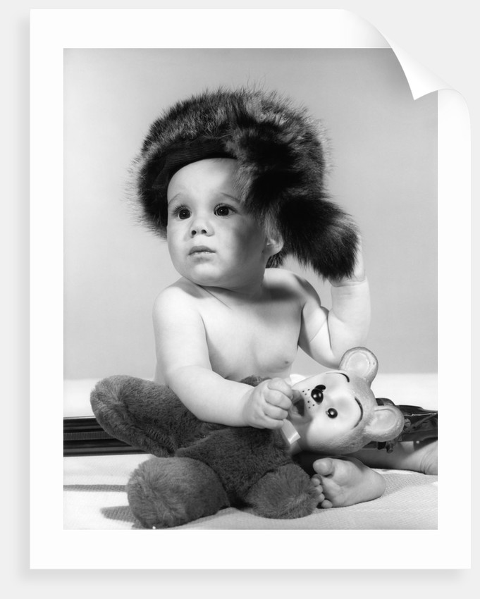 1960s baby wearing coonskin hat posters   prints by Corbis 5badc39be50