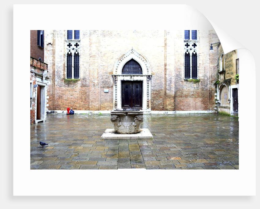 Dorsoduro, the area near the Accademia bridge. by Corbis