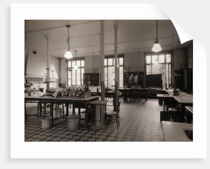 Empty Laboratory in Paris by Corbis