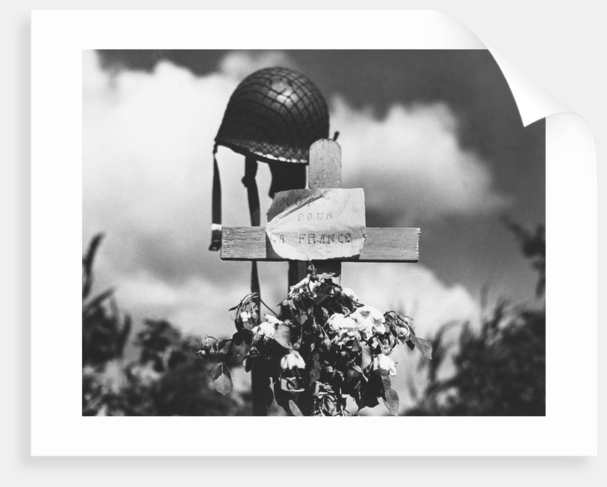 Grave of American Soldier by Corbis