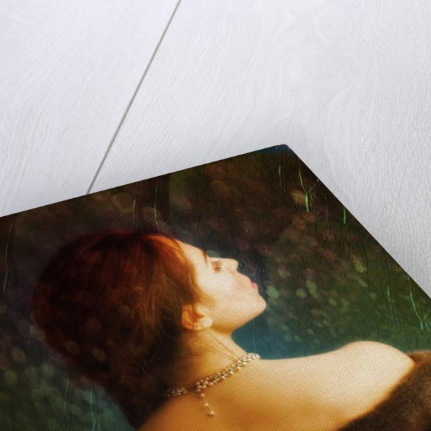 Woman from behind by Ricardo Demurez