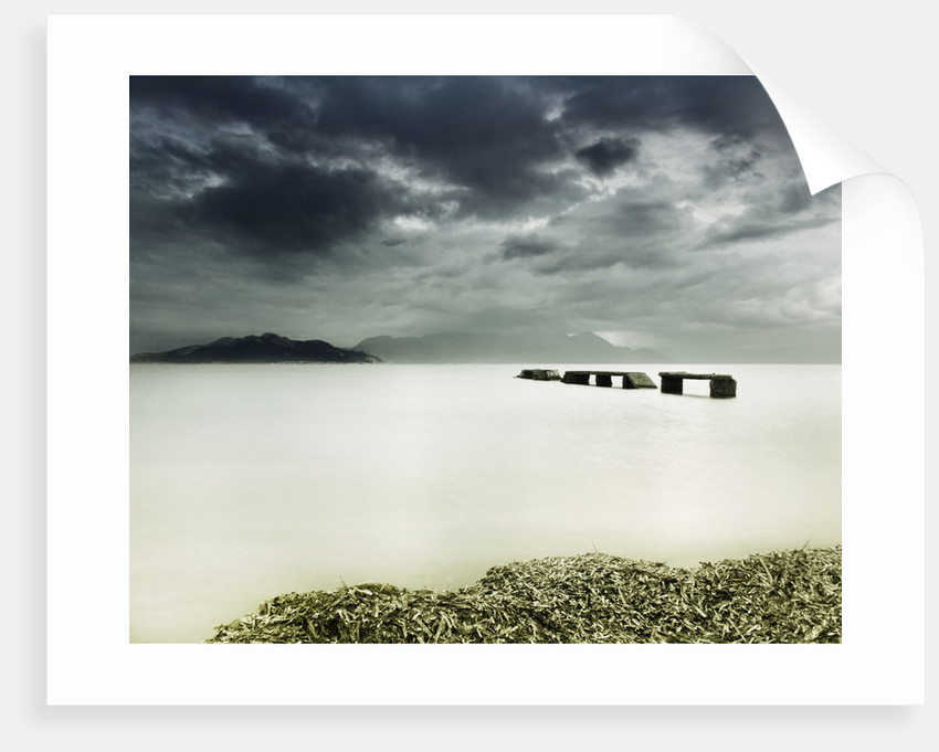 A glimpse of the sea by Eugenia Kyriakopoulou