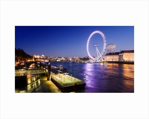 Thames Eye by Joas Souza