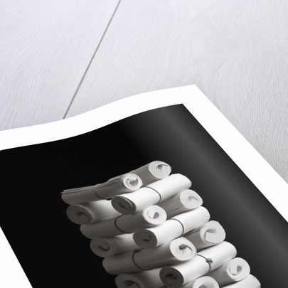 Paper III by Kelly Hoppen