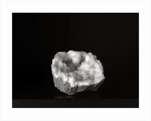 Crystal I by Kelly Hoppen