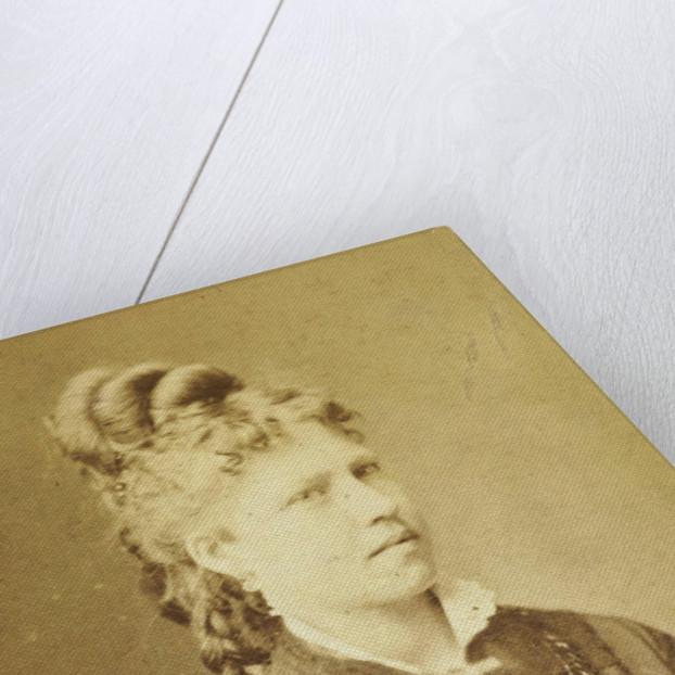 Portrait of woman by W. Grein-Vonk