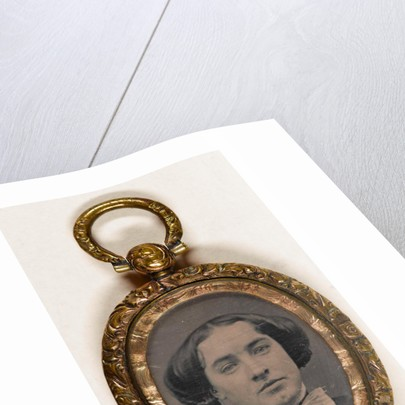 Explanatory Pendant with portraits of a woman by Anonymous