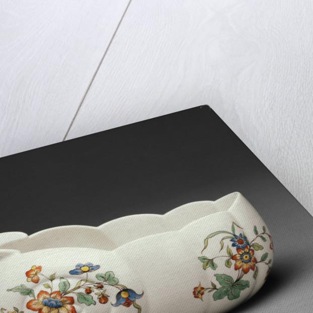 Chamber Pot (Bourdaloue) by Chantilly Porcelain Manufactory