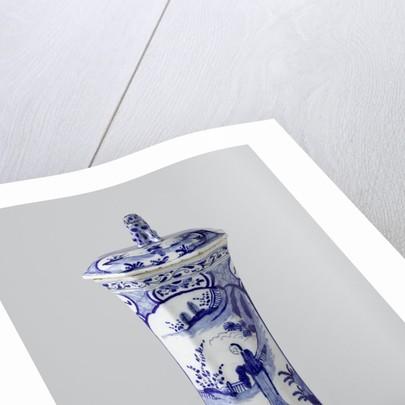 Garniture with three vases and two beaker vases by De Drie Posteleyne Astonne