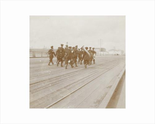 Musicians in military uniform walking on a bridge across the Neva in St. Petersburg, Russia by Henry Pauw van Wieldrecht
