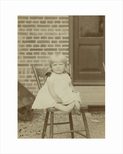 Portrait of Herman Marius Boelen (born 1885) as a baby on a stool by C.W. Bauer
