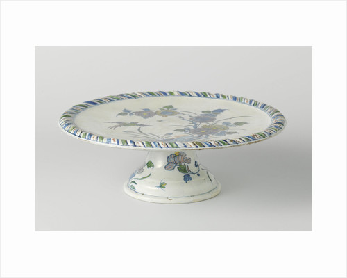 Cakestand, around on foot, multicolor painted with flowers and flying bird by Anonymous