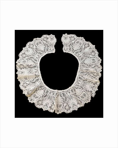 Round collar of bobbin lace on a needle's edge (Duchesse de Bruxelles) by Anonymous