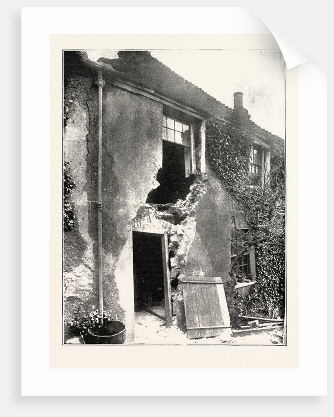 The Landslip at Sandgate: A House at Sandgate, UK by Anonymous