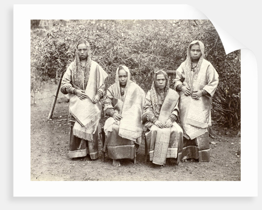 Group portrait of four Minangkabau women in rich costume from the Padang Countries, Indonesia by Christiaan Benjamin Nieuwenhuis
