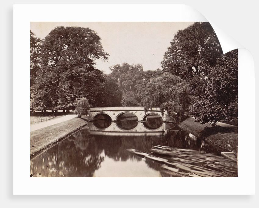 Bridge at Trinity College, Cambridge, in the foreground rowboats by Anonymous