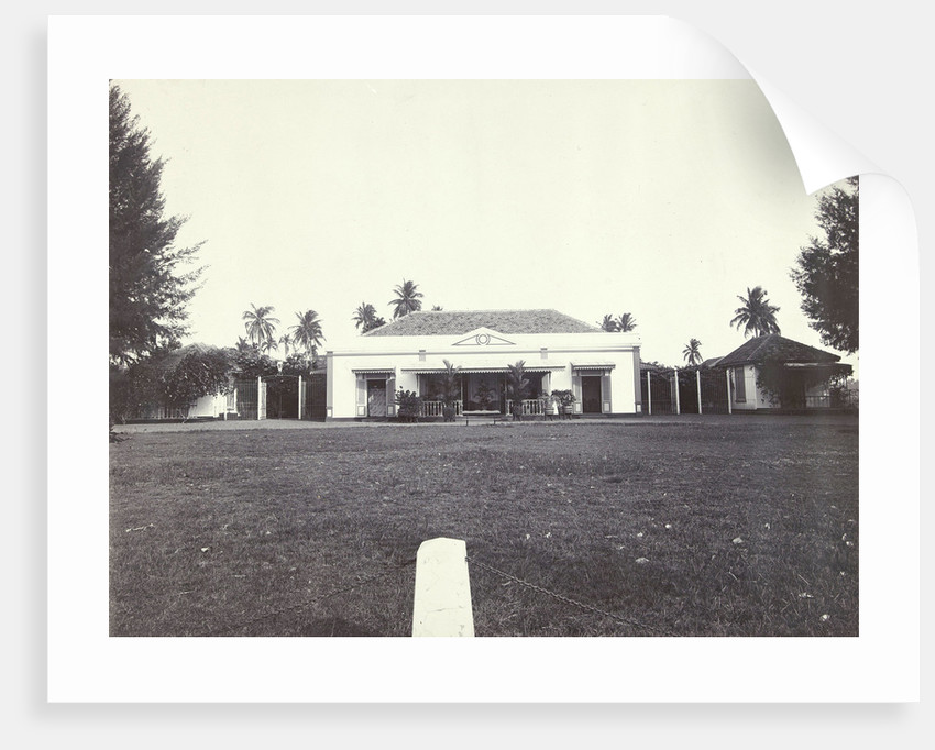 House with a lawn in the Dutch East Indies, indonesia by Anonymous