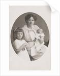 Olga Marba and Eckart Titzenthaler, wife and children of the photographer by Waldemar Titzenthaler