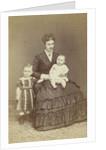 Portrait of a mother with two children by Henry Pauw van Wieldrecht