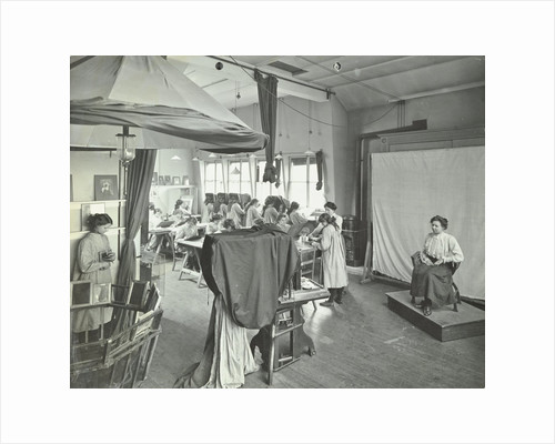 Photography students at work, Bloomsbury Trade School for Girls, London, 1911 by Unknown