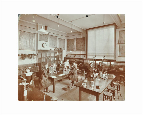 Science class, Aristotle Road Girls School, Clapham, London, 1908 by Unknown