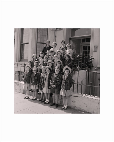 Convent kids on holiday by Manx Press Pictures