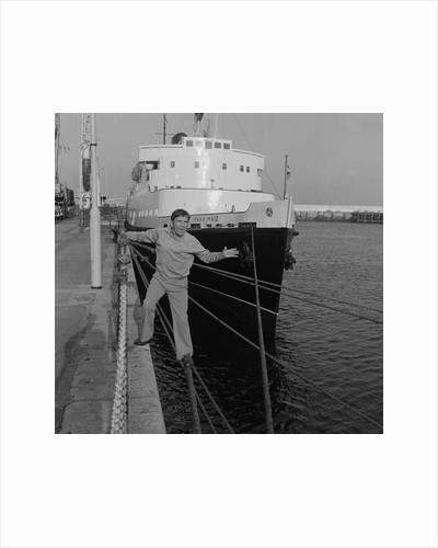 Norman Wisdom next to the Manx Maid, Douglas Pier by Manx Press Pictures
