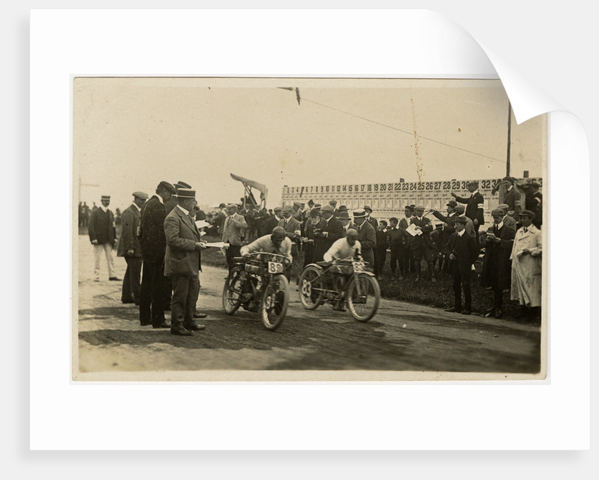 Start of a race at St John's, 1910 TT (Tourist Trophy) by Anonymous