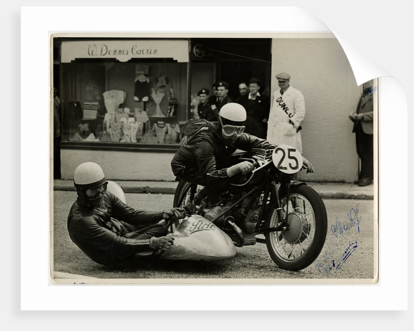 walter schneider aboard bmw steib outfit passing through onchan 1954 sidecar tt tourist. Black Bedroom Furniture Sets. Home Design Ideas