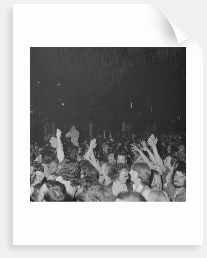 Chuck Berry crowd at the Lido by Manx Press Pictures