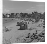 Holidaymakers on Port Erin beach by Manx Press Pictures