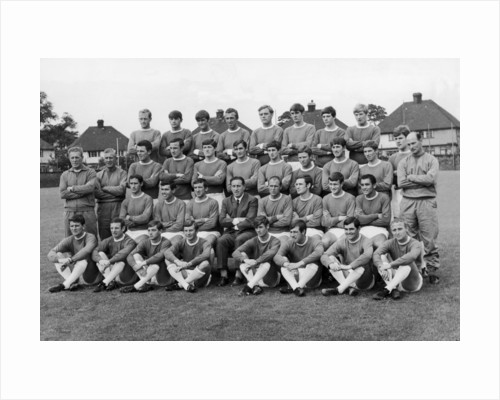 Everton squad pose fore a pre season picture by Peter Ralph