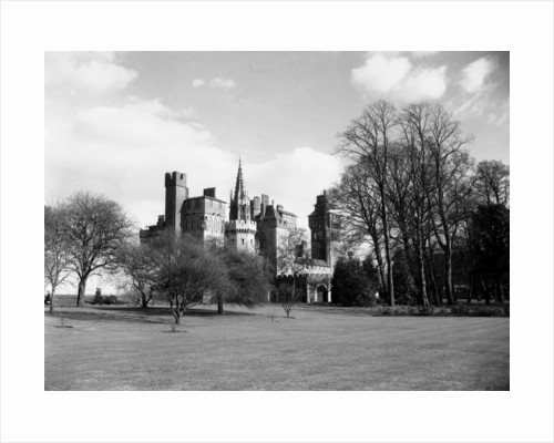 Cardiff Castle by Staff