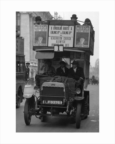 Buses driven by volunteers in Oxford Street during the 10th day of the General Strike by Staff
