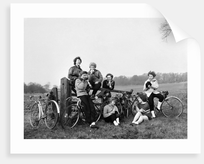 Cycling Girls 1951 by Daily Mirror