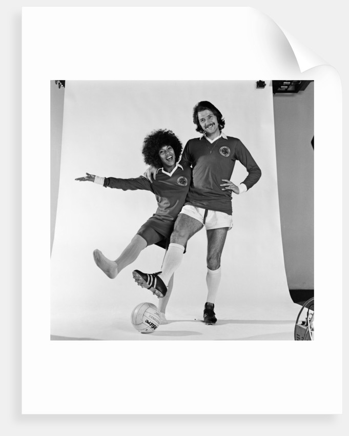 Frank worthington and Linda Lewis 1974 by Doreen Spooner